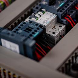 ETB Elektrotechnik Sp. z o.o. - Montaż oświetlenia Częstochowa