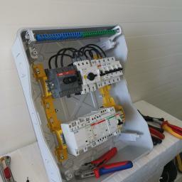 Skrzynka  do chłodni wykonana przez naszego automatyka