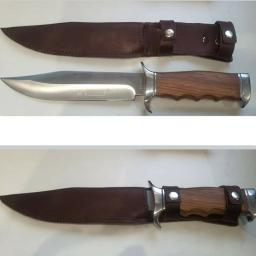 Usługi kaletnicze: Szycie pokrowca do noża. Wykonujemy wiele więcej usług kaletniczych Zapraszamy
