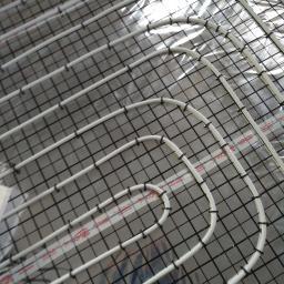 ogrzewanie podłogowe w tym przypadku z rurki pexj