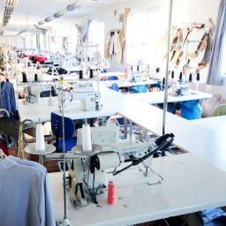 PPHU ADAMPOL REGINA LEWANDOWSKA - Firmy odzieżowe Leśna