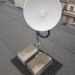 Radiolinia na dachu budynku!