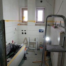 Usługi remontowo budowlane - Hydroizolacja Gniew