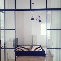 Wykonujemy zabudowy w stylu loft ze stali nierdzewnej i z aluminium.