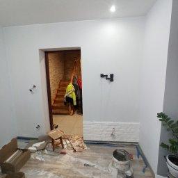 DASZEK Usługi remontowo budowlane Dariusz Daszewski - Firma remontowa Różan