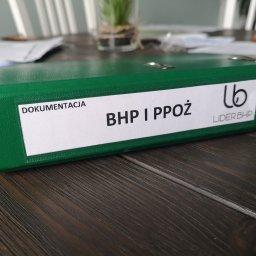 Lider BHP oferuje usługę wykonania kompletnej dokumentacji BHP i PPOŻ. Wszystkie potrzebne instrukcje BHP, oceny ryzyka zawodowego dla każdego stanowiska, rejestry, wykazy.