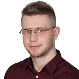 Konrad Kostrzewa doradca ds. fotowoltaiki i systemów grzewczych - Instalacje Fotowoltaiczne Olsztyn