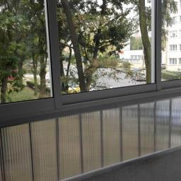 Balkon z dołem poliwęglan