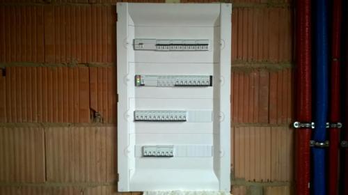 Usługi projektowe i elektroinstalacyjne - Instalatorstwo Oświetleniowe Sieradz