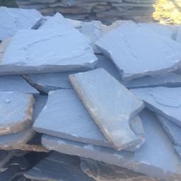 Skład kamienia naturalnego - Maszyny budowlane Lanckorona
