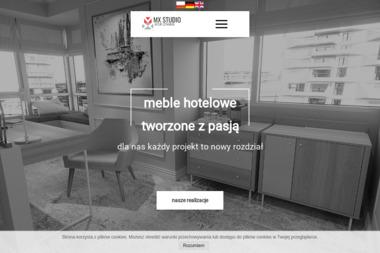 MX Studio - Wyposażenie hoteli w meble - Schody drewniane Szamotuły